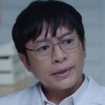 Dr. Kit is played by the actor Co Khunakorn Kirdpan (คุณา�ร เ�ิดพันธุ์).