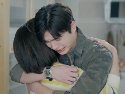 Shi Lei comes out to his mom at the end of Episode 8.