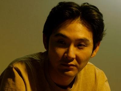 Hiasa is played by the actor Ryuhei Matsuda (�田�平).