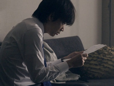 Konno finds out Hiasa purchased the wedding services for him.