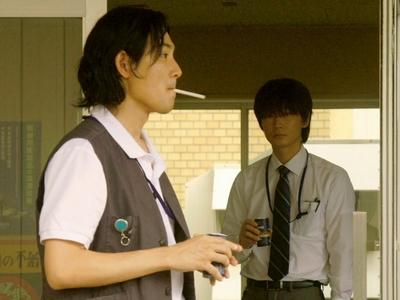 Konno befriends Hiasa, a rebellious coworker at his company.