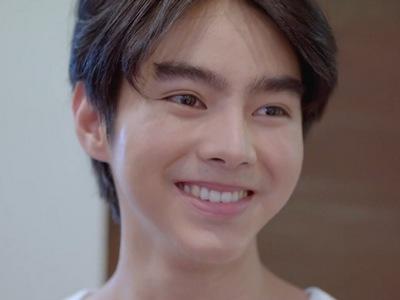 Prab is portrayed by the actor Folk Touch Inthirat (ธรรศ อินทร์ธิราช).