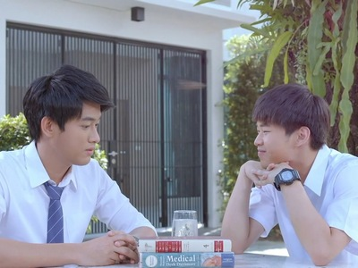 Chol has a crush on his tutor Khul.
