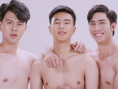 Brothers parades its shirtless cast in the sequences.