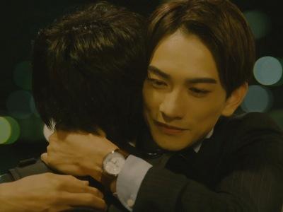 Kurosawa hugs Adachi after his confession scene.