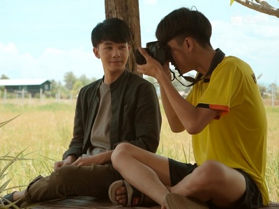 Nabdao and Keptawan become friends after meeting in Country Boy.