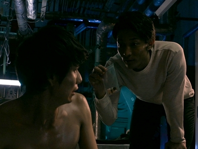 Yoda feeds Katsuragi drugs during his imprisonment.
