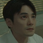 Li-gang is portrayed by the Taiwanese actor Jay Shih (是元介).