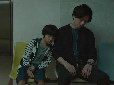 Jian-yi is You-yu's stepfather.