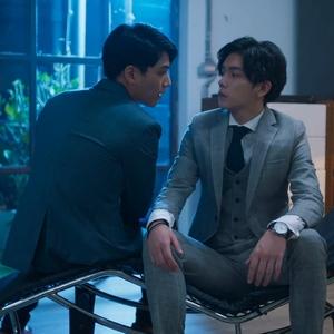 Shi De and Shu Yi mix romance with politics in Fighting Mr. 2nd.