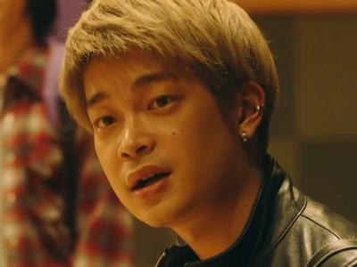 Akihiko is portrayed by the Japanese actor Kai Inowaki (井之脇海).