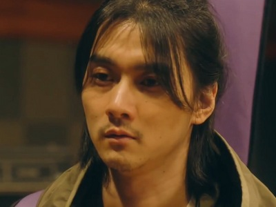 Haruki is portrayed by the Japanese actor Haruki Shuntaro Yanagi (柳俊太郎) Shuntaro.