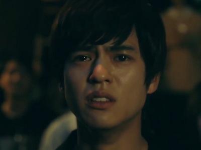 Hiiragi cries while watching Mafuyu's performance.