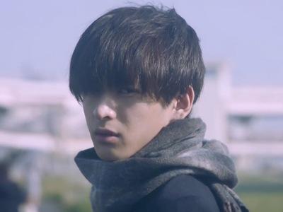Mafuyu asks his boyfriend Yuki to die right before his suicide.