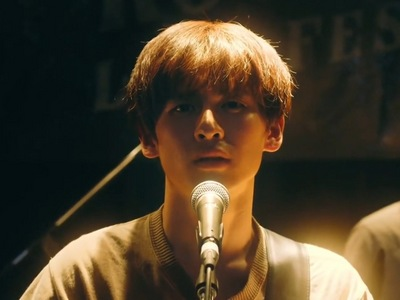Mafuyu gives a powerful emotional performance in the last episode.