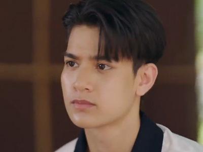 Bank is portrayed by the actor Tenon Teachapat Pinrat (เตชพัฒน์ พิณรัตน์).