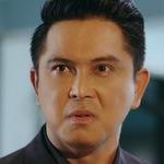 Sakkhee is portrayed by the actor Thanayong Wongtrakul (ธนายง ว่องตระ�ูล).