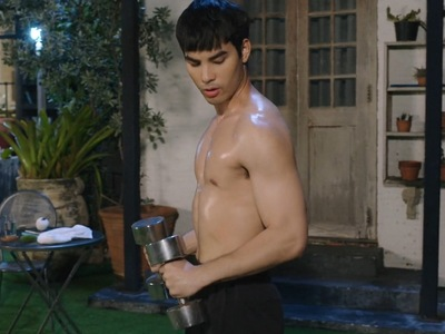Sun has many shirtless scenes throughout Golden Blood.