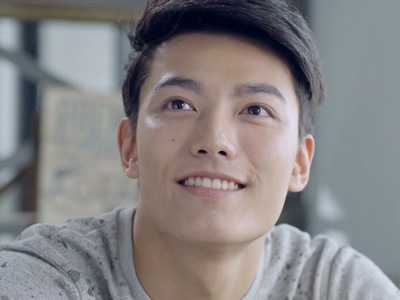 Ying Hsiung is portrayed by the Taiwanese actor Aaron Lai (賴�賢).