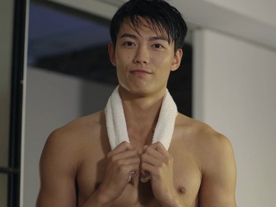 Ying Hsiung gets shirtless a few times during HIStory: My Hero.
