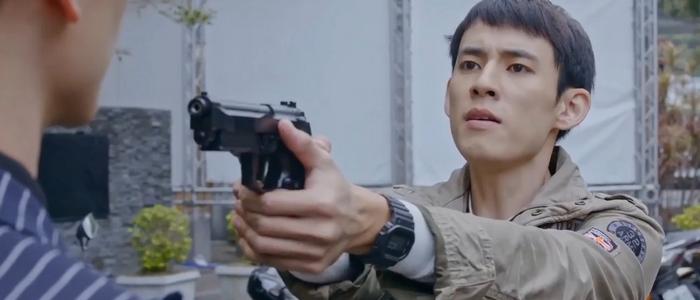 Realistically, a police detective like Shao Fei and a mafia boss like Tang Yi would never get together.
