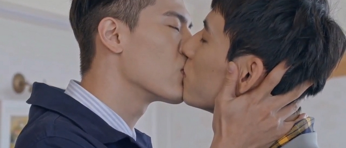 Shao Fei and Tang Yi do a lot of kissing in HIStory 3: Trapped.