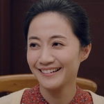 Yung Chieh's mom is played by the actress Chen Wan Ting (陳婉婷).