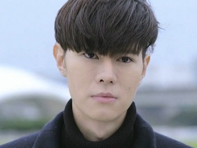 Cheng Ching is portrayed by the Taiwanese actor Duke Wu (��陽).