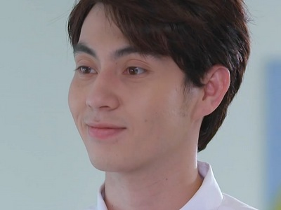 Wit is portrayed by the actor Sun Chewanon Rabelbauer (ชีวานนท์ ราเบลบา�วร์).