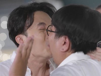Joke and Pao Pao share multiple kisses throughout Hidden Love.
