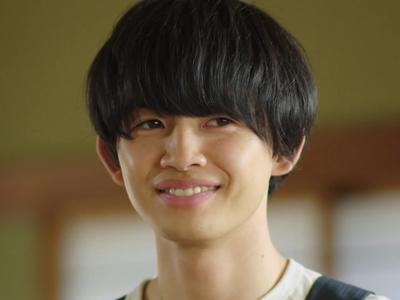 Shun is played by the actor Kusakawa Naoya (��直弥).