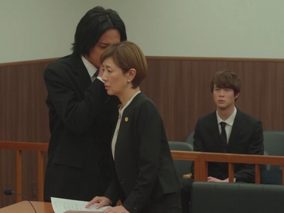 Nagisa tells his lawyer that he wants to give up the custody case against his ex-wife.