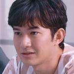 Plug is played by the actor Boss Kamolpipat Bunnag (�มลพิพัฒน์ บุนนาค).