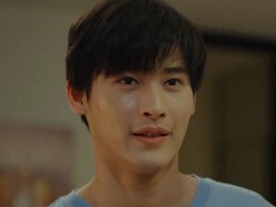 Nubsib is played by the actor Kao Noppakao Dechaphatthanakun (นพเ�้า เดชาพัฒนคุณ).