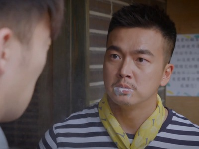 Xiao Chi spits milk into Hua Hua's face after finding out she slept xith Xi Jia.