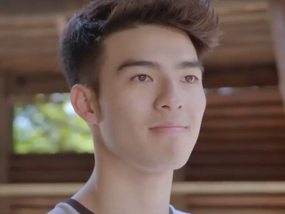 Xiao Chi is portrayed by the Taiwanese actor Edward Chen (陳昊森).