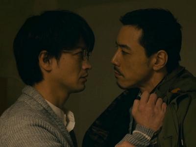 Kido and Kijima visit Gamoda at the hospital before he dies.
