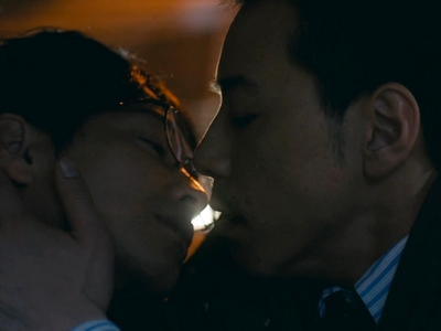 Kijima and Kido have their first kiss in the taxi ride home.