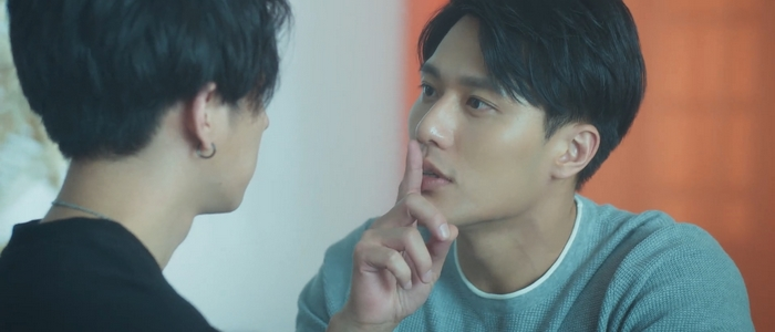 I'm obsessed with Shu Yi, the hot doctor.