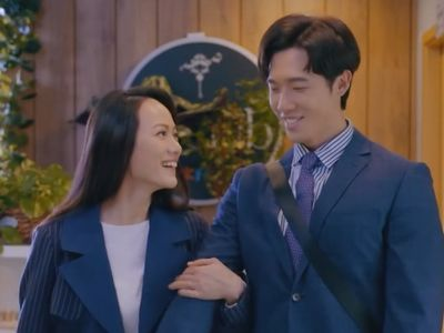 Francesca finally agrees to date Louis in Ossan's Love HK Episode 12.