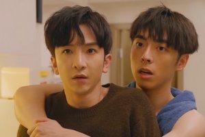 Tin and Muk share an intimate hug in Ossan's Love Hong Kong.