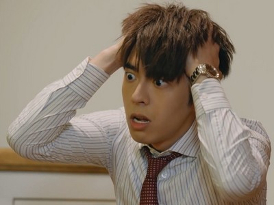 Tin gets confused and frustrated often during Ossan's Love Hong Kong.