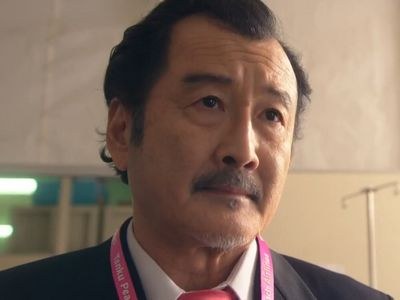Kurosawa is played by the actor Kotaro Yoshida (�田鋼太郎).