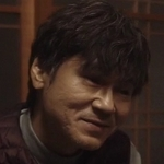 Mitsuomi's father is played by the actor Masahiro Komoto (甲本雅裕).