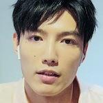Aaron Lai (賴�賢) portrays one of Sato's friends.