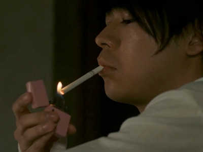 Imagase still uses the lighter that Kyouichi gives him.