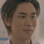 Puen is portrayed by the actor Prem Warut Chawalitrujiwong (เปรม วรุศ ชวลิตรุจิวงษ์).