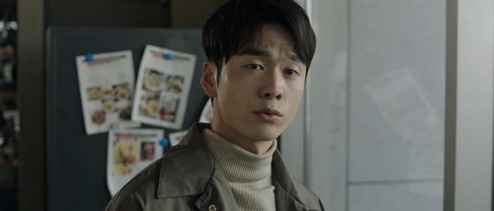 Hyung Ki didn't have a happy ending despite getting the money in the end.