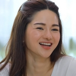 Baipai is played by the actress Gwang Wanpiya Oamsinnoppakul (วรรณปิยะ ออมสินนพ�ุล).