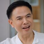Tonhon's dad is played by Moo Dilok Thongwattana (ดิล� ทองวัฒนา).